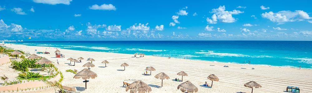 foto de uma praia de cancun